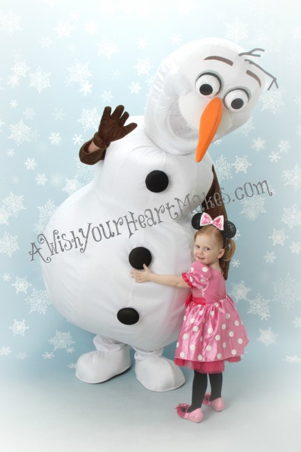 Olaf with Minnie Watermarked
