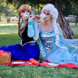 elsa and anna frozen picnic web